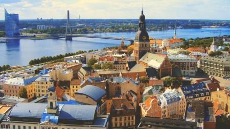 Învață dreptul și economia UE la Riga. Programul este gratuit și acoperă costurile studiilor, cazării și călătoriei