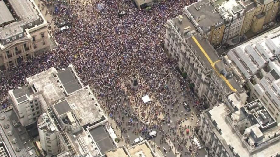 Cetățenii Marii Britanii cer un nou referendum. La Londra au avut loc manifestații pro-UE
