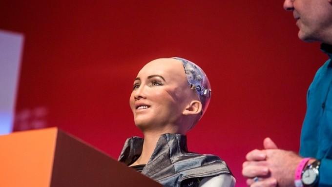 (video) Robotul Sophia a prezis țara învingătoare a Campionatului Mondial de Fotbal. Care este alegerea ei