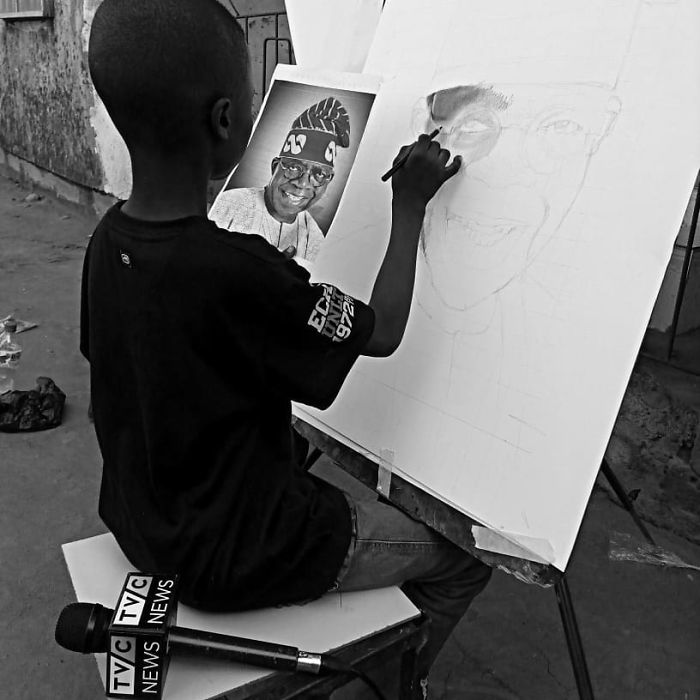 At-11-years-old-boy-makes-hyperrealistic-drawings-that-will-impress-him-5b3c042e686ce__700