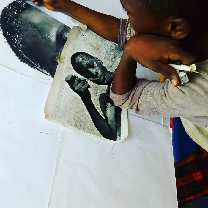 At-11-years-old-boy-makes-hyperrealistic-drawings-that-will-impress-him-5b3c05e29baab__700