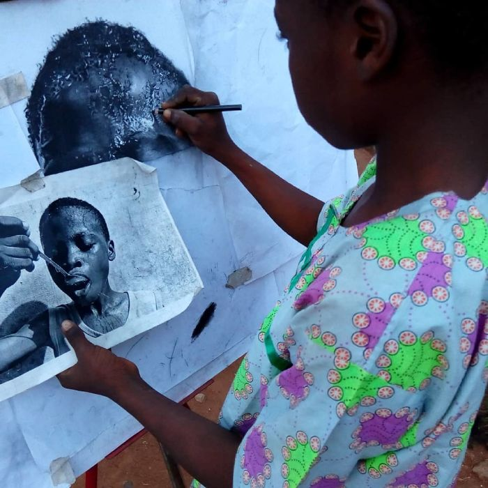 At-11-years-old-boy-makes-hyperrealistic-drawings-that-will-impress-him-5b3c05f0d14ef__700