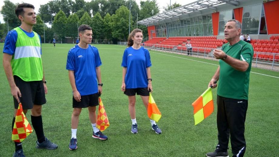 UEFA a delegat 8 oficiali din Republica Moldova pentru jocuri oficiale internaţionale. Cine sunt aceștia