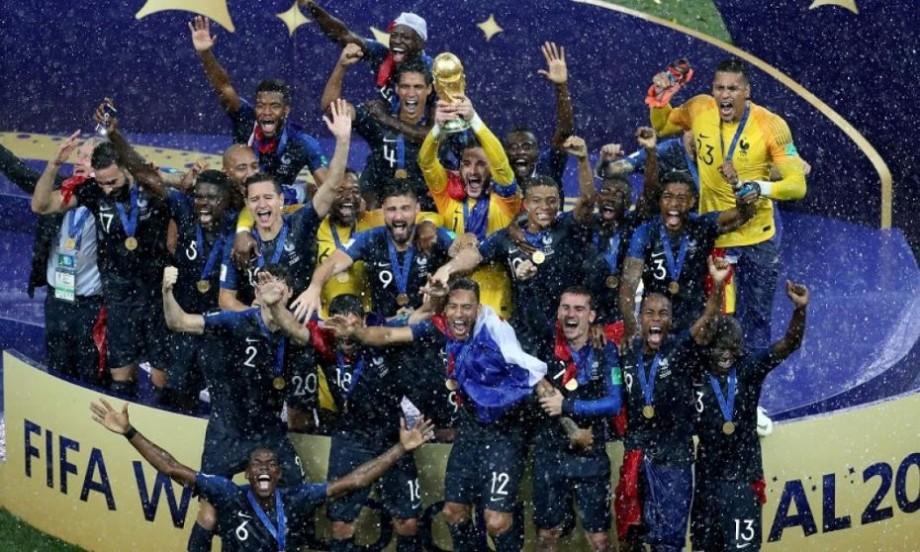 (foto) Cele mai victorioase meme-uri după ce selecționata Franței a devenit Campioana Mondială la Fotbal