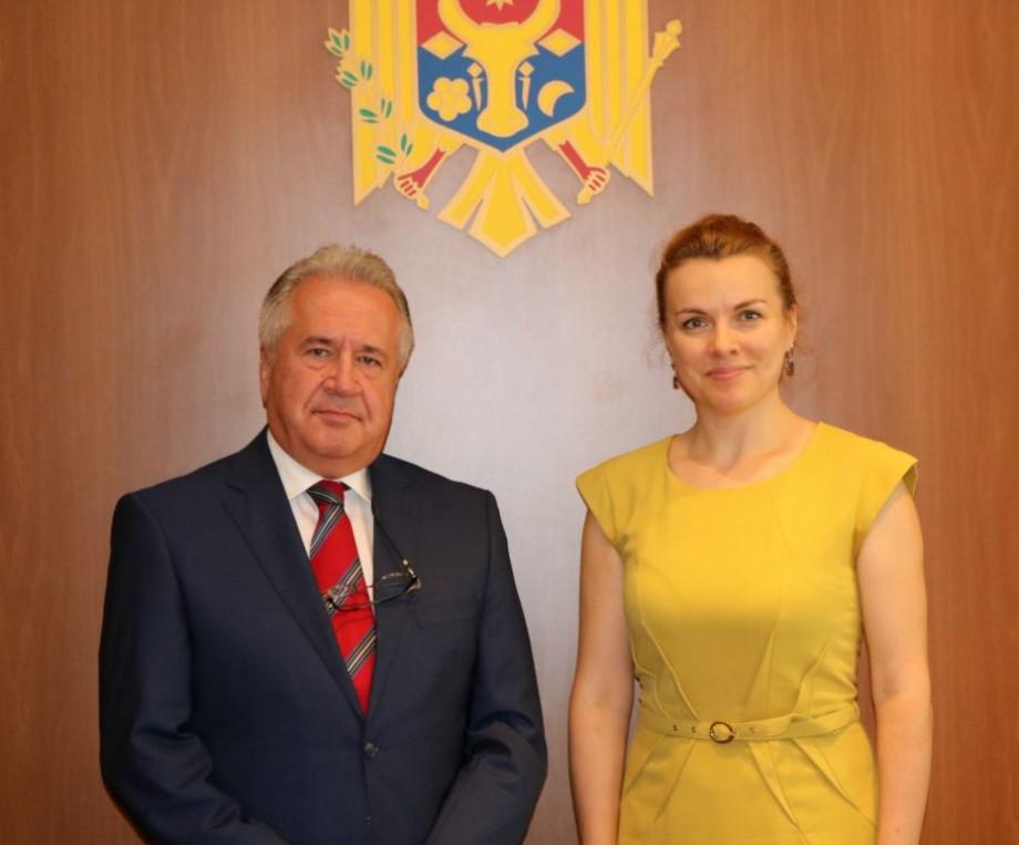 Nou ambasador al Turciei în Republica Moldova. Cine este Gürol Sökmensüer