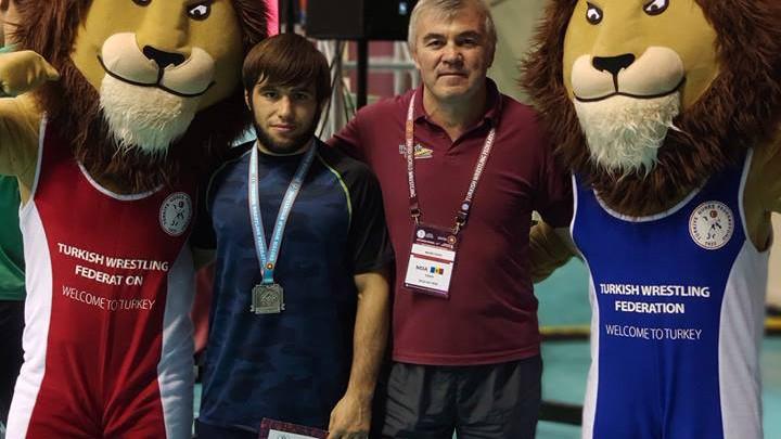 Luptătorul moldovean de stil greco-roman Victor Ciobanu a ocupat locul doi la turneul internațional de la Istanbul