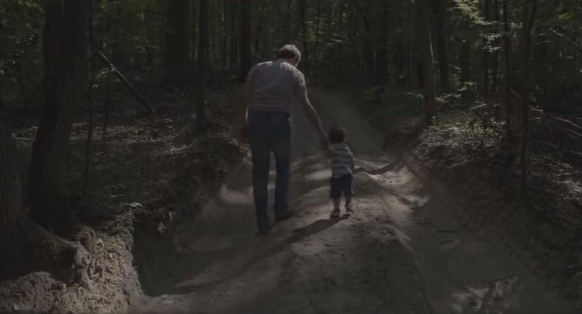 """(video) O poveste despre oameni, natură și timp. A fost lansat trailerul unui nou film autohton – """"Copacul"""""""