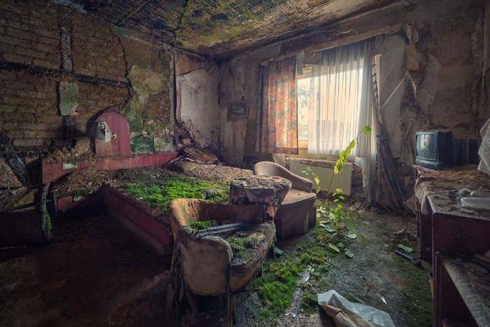 locais_abandonados_Matthias_Haker_01-5b4550e5b55e1__700