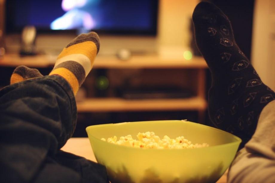 Ești pasionat/ă de rețelele de socializare? Iată top 7 filme online despre Facebook, Internet și Calculatoare