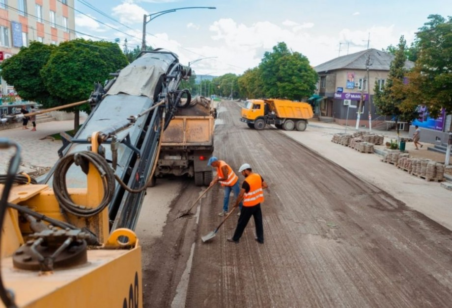 La Orhei a fost dat startul lucrărilor pentru cea de-a doua etapă de reconstrucție a străzii centrale a municipiului