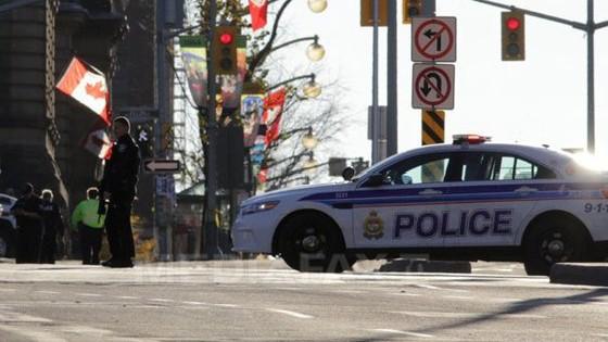 Atac armat la Toronto. 13 persoane au fost rănite, dintre care două au decedat