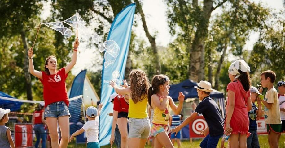 """Jocuri pentru copii și pentru adulți. Festivalul """"Bucurie în Mișcare"""" revine cu cea de-a III-a ediție în Moldova"""