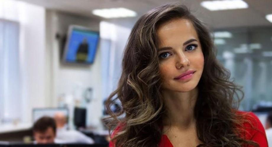 """(foto) """"Cu dragoste din Rusia"""". Pe contul de Instagram al ministerului rus al Apărării a apărut un selfie nud"""