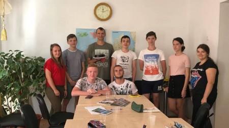 """(video) """"E nevoie de puțină poezie în toată nebunia din zilele noastre"""". În Moldova se lansează o serie de video-performance-uri în spiritul spoken word"""