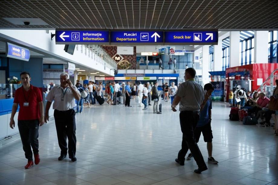 (grafice) Munca, familia și studiile sunt motivele pentru care moldovenii pleacă din țară. Ce țări se află în topul preferințelor