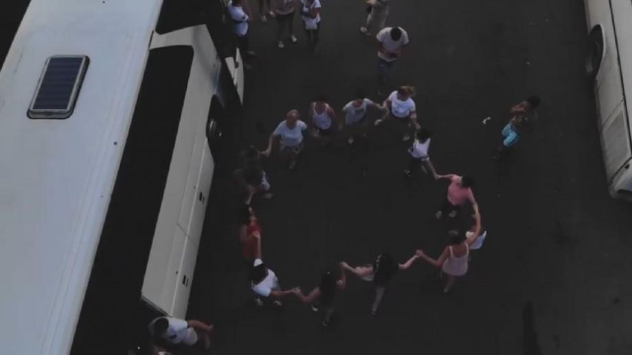(video) Dansuri populare, muzică, nervi și voie bună. Cum decurge o zi la vama Tudora