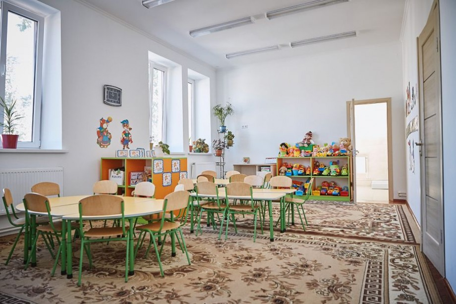 (foto) Cum arată o grădiniță din raionul Rezina, după ce a fost renovată dintr-un grant românesc