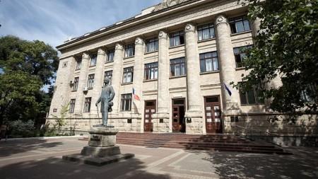 S-au colectat peste 100 de mii de euro pentru tratamentul regizorului Viorel Mardare. Campania continuă