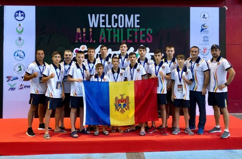 (foto) Luptătorii din Moldova au obținut 7 medalii la Campionatul Mondial de MuayThai din orașul Bangkok