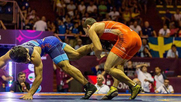 Luptătorii moldoveni, Nicolai Grahmez și Andrian Grosul, au obținut argintul la Campionatul European de tineret
