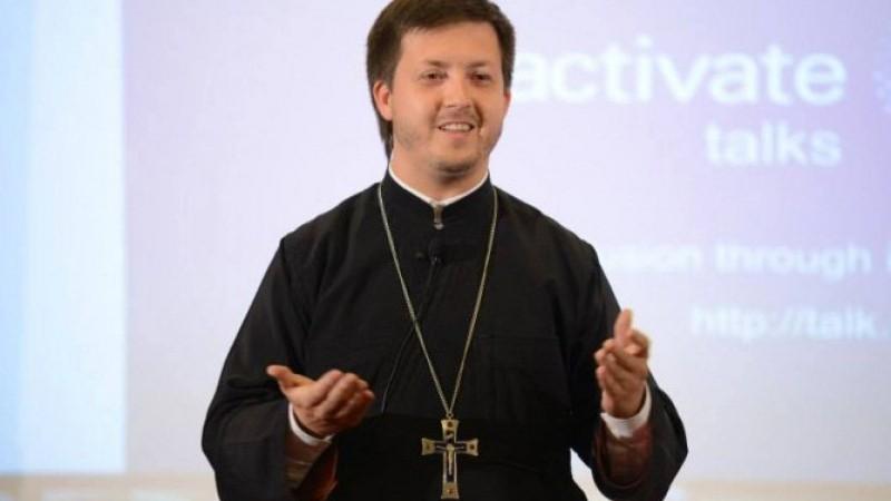 (doc) După pocăința publică, Mitropolia i-a permis preotului Maxim Melinti să oficieze slujbe la biserică