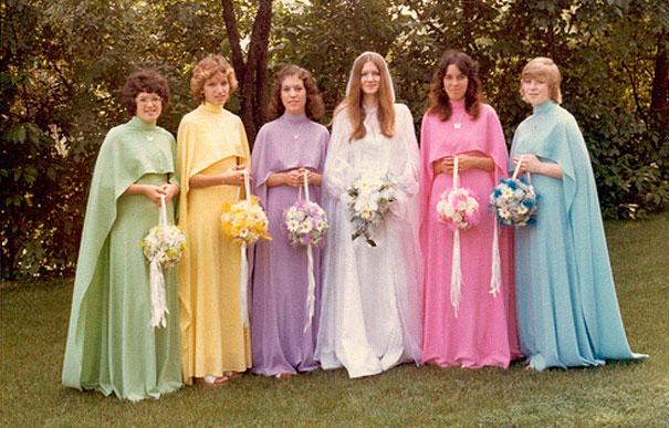 old-fashioned-funny-bridesmaids-dresses-27-5ae3172f698e2__605
