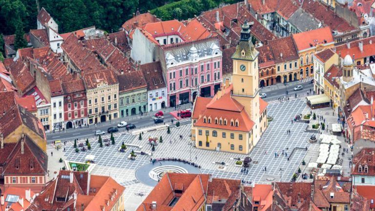 Vrei să petreci o vacanță de vis la Brașov? Iată cum poți câștiga două bilete la Cerbul de Aur 2018