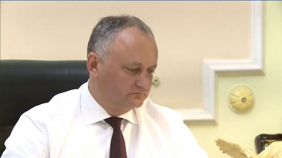 """(video) Prima apariție a președintelui Igor Dodon după accident: """"Va fi nevoie de supravegherea medicilor"""""""