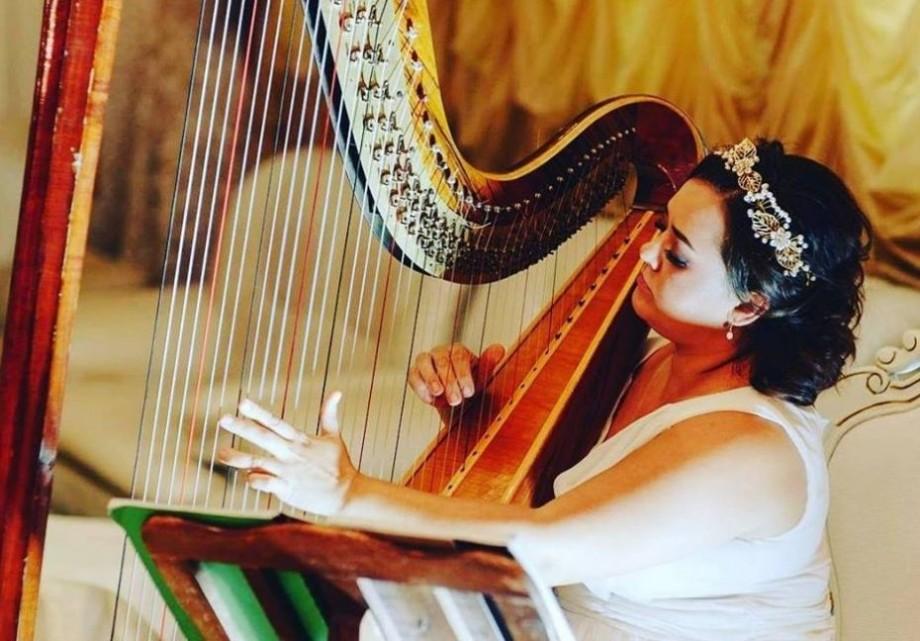 Moldovan National Youth Orchestra te invită la patru recitale de harpă în patru parcuri din Chișinău