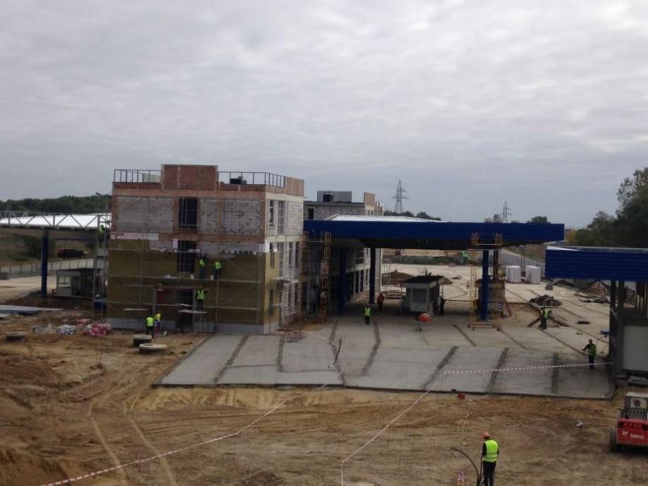 (foto) Noul punct de trecere a frontierei de stat, Palanca, este finalizat în proporție de circa 70 la sută. Când va fi dat în exploatare