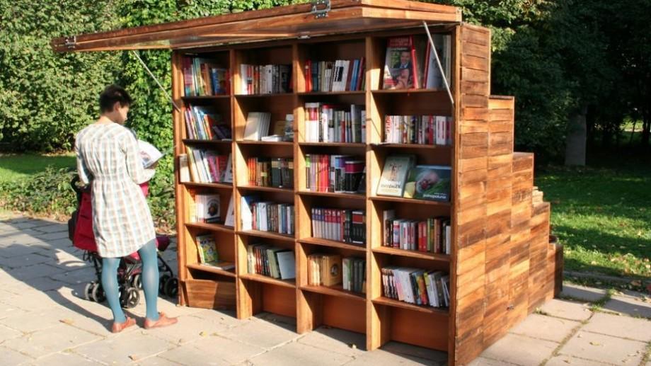 """""""Biblioteca Altfel e Biblioteca MEA"""". În parcul central din Capitală va fi improvizată o bibliotecă modernă"""