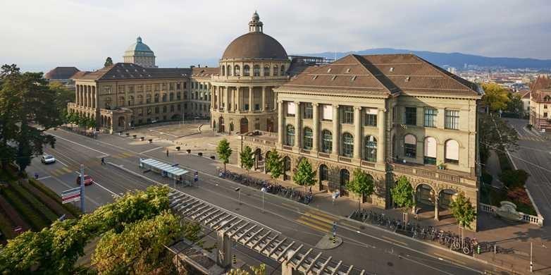 Dacă vorbești fluent una dintre limbile de circulație internațională, atunci ai șanse mari să obții o bursă în Elveția
