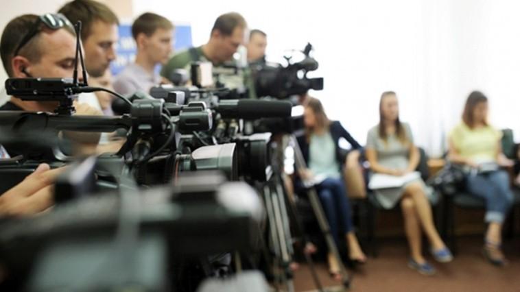 Jurnaliștii au ocazia să învețe mai multe despre democrație și alegeri. Cum poți participa la training?