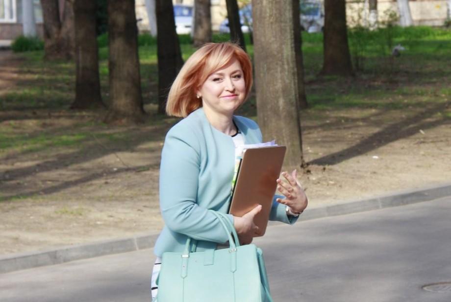 Fosta deputată PCRM, Oxana Domenti, propusă în funcția de ambasadoare a Moldovei în Elveția