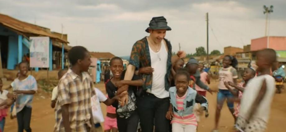"""(video) Dan Bălan a lansat videoclipul la noua piesă """"Numa numa 2"""", filmat în Uganda"""