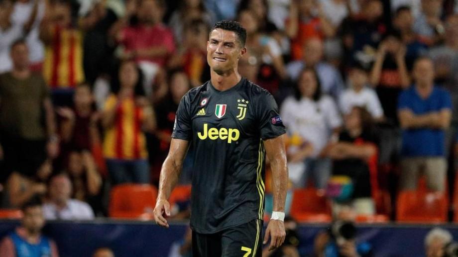 """(foto) Cele mai """"red make my CRY"""" meme-uri după eliminarea lui Ronaldo în Liga Campionilor"""