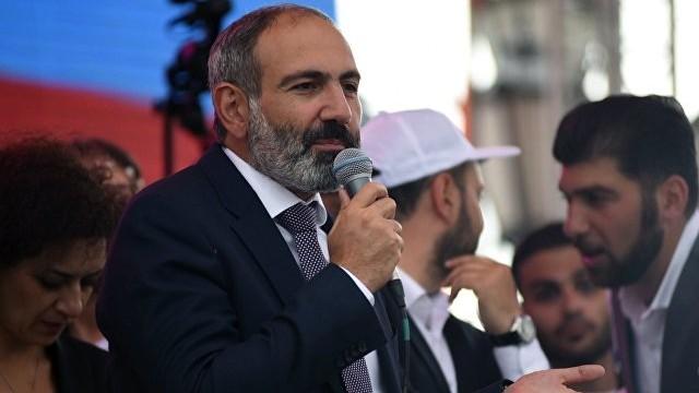 Premierul armean, Nikol Pashinyan, şi-a anunţat demisia. Acesta vrea convocarea alegerilor legislative anticipate