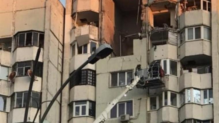 Locatarii blocului din sectorul Rîșcani, afectat de explozie, vor putea reveni în apartamente până la 22 decembrie