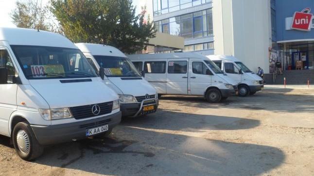 Circulația rutieră pe mai multe străzi din Chișinău va fi redirecționată în următoarele zile. Care sunt noile itinerare