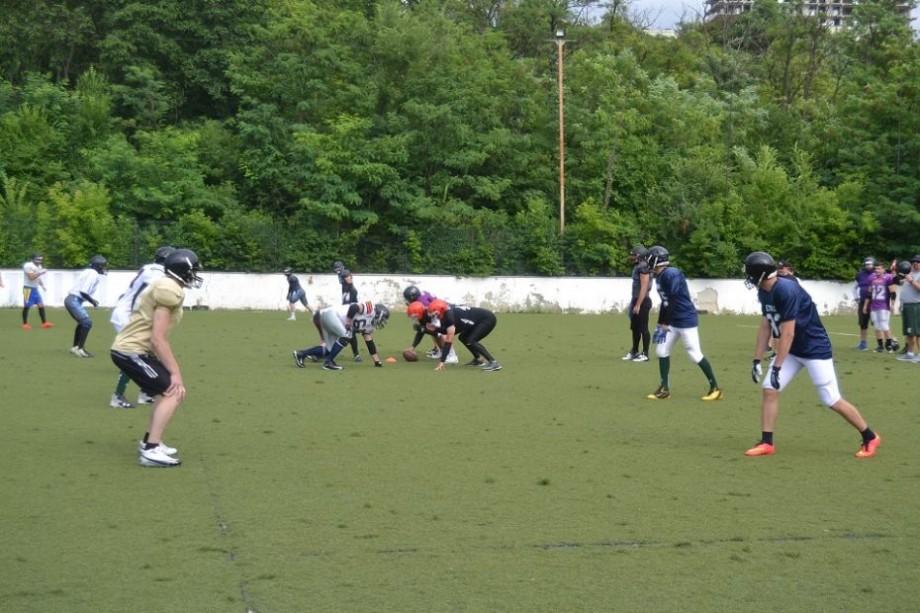"""Flag Fotbal pentru începători. Participă la un antrenament deschis și înscrie-te în echipa """"Chisinau Sentinels"""""""