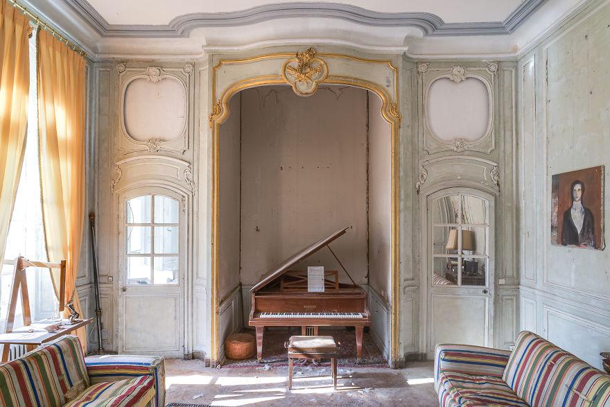 Requiem-pour-pianos-3-5bbeff436c45f__880