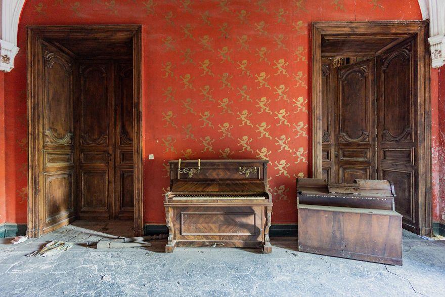 Requiem-pour-pianos-65-5bbf00571f91e__880