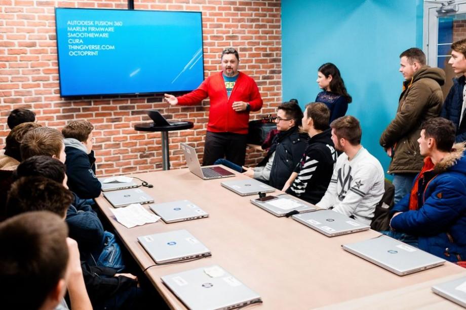 """(foto) """"Angajatorii au fost mai aproape de studenți"""". Peste 800 de tineri au fost instruiți la ICT Career Orientation 2018"""