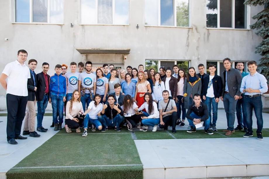 Mai ai o săptămână la dispoziție ca să devii voluntar al Consiliul Național al Tineretului din Moldova. Cum te înregistrezi