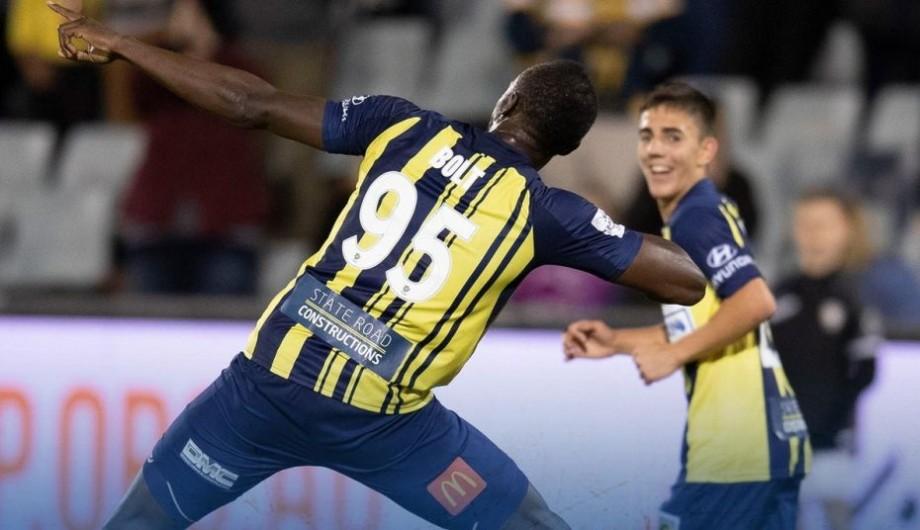 (video) Usain Bolt a marcat primele două goluri în fotbalul profesionist. Cum a sărbătorit acesta reușitele