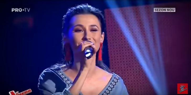 (video) Tânăra din Moldova, Doina Sclifos, a ales un cântec neobișnuit pentru Vocea României, însă nu a impresionat juriul