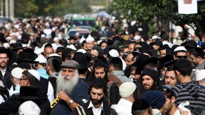 Cât de mult moldovenii sunt toleranți? Care este rata de acceptare a persoanelor musulmane și de origine evreiască în calitate de membru de familie