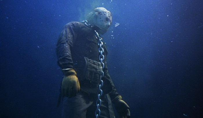 horror-movie-cliches-5-5bd1932622d0c__700
