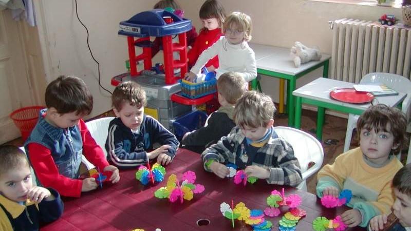 Familiile din municipiul Chișinău care au trei și mai mulți copii la grădiniță vor primi suport financiar
