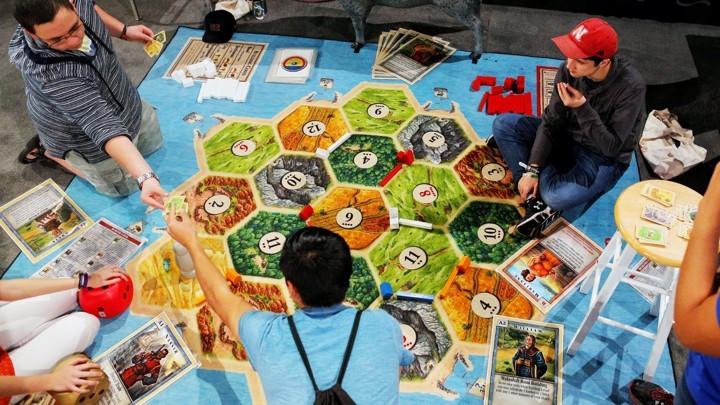 (foto) Ce joc de societate a fost cel mai popular în anul în care te-ai născut